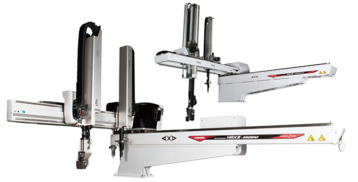3-AXIS AND 5-AXIS ROBOTS FOR LARGER IMM
